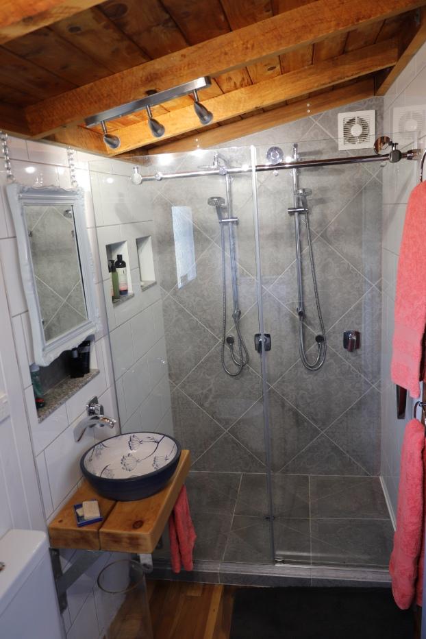 the-kinky-art-studio-couples-shower